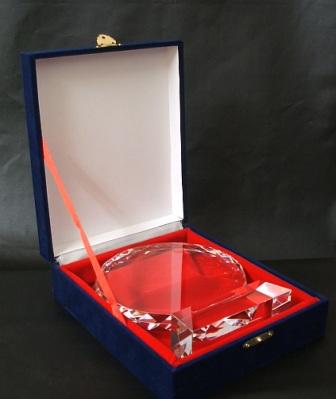 この箱にお入れします。