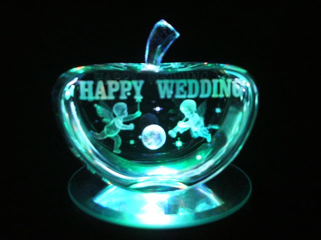 結婚のお祝いに…アップル型の3D
